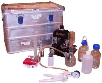 Mobile Lab. / Microscope