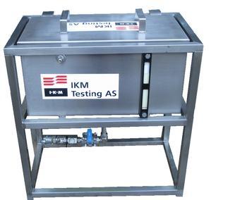 Pressure test tank